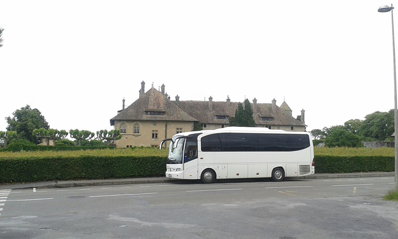 naxoss 2000 bus travel